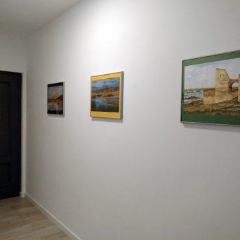 Entrada del piso con nuestros cuadros