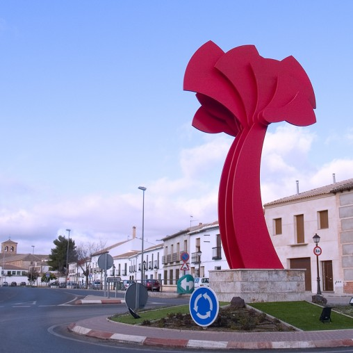 """""""Flor de Calatrava"""" del escultor mejicano Jerónimo Uribe"""